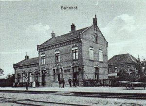 Bahnhof um 1910